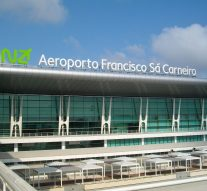 aeroporto do porto francisco sa carneiro