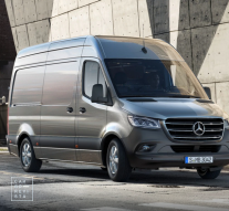 Amazon Mercedes Benz Sprinter